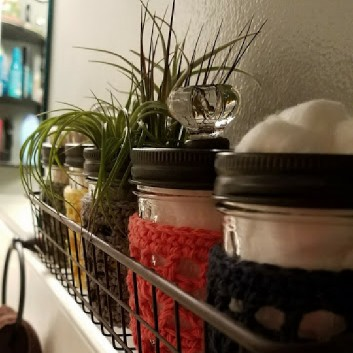Bathroom – Accessories Turn mason jars into cool apothecaries for cotton balls & swabs.